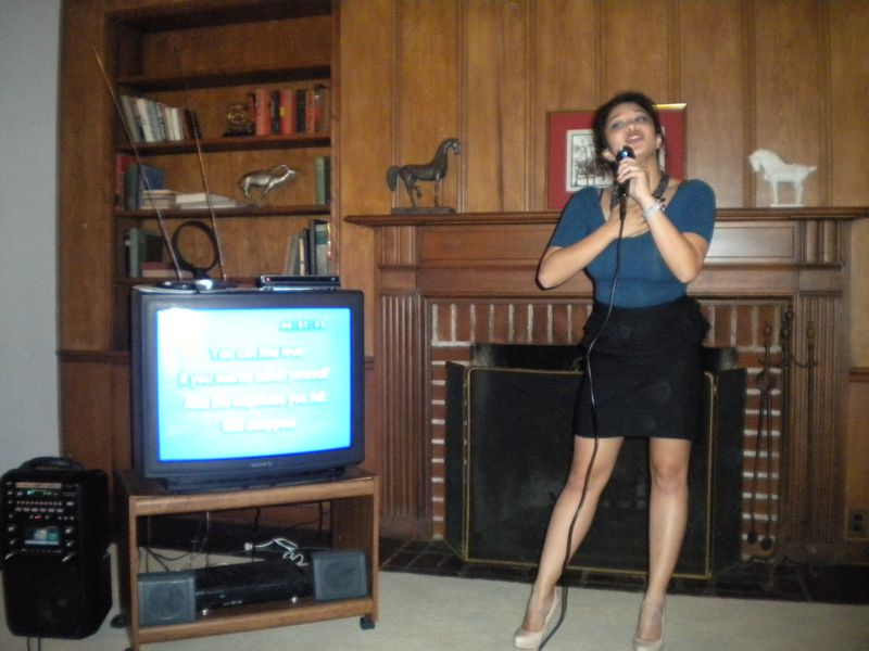 6a0105349b8251970b012877a9caaf970c-800wi - Pinay Karaoke Star - Philippine Photo Gallery