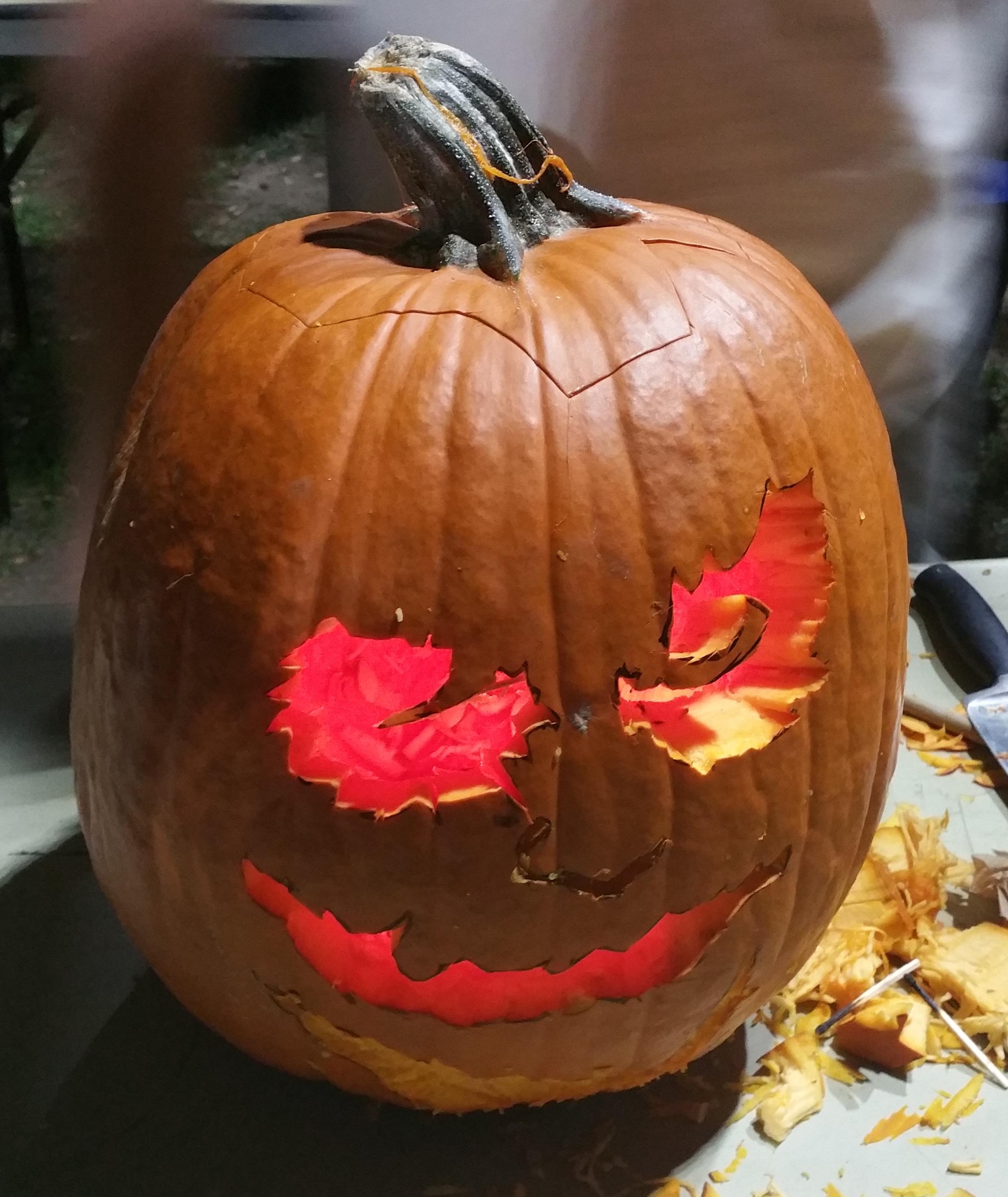 Avery Pumpkin Carving Caltech